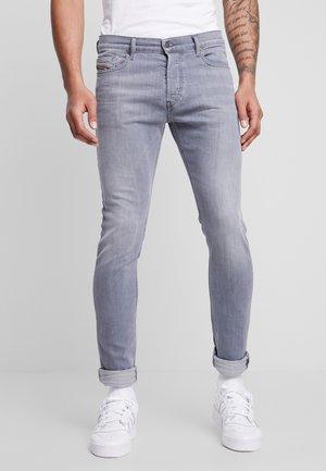 D-LUSTER - Slim fit jeans - 0095K07