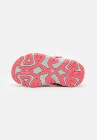 Color Kids - BABY VELDRO STRAP - Walking sandals - cotton candy - 4
