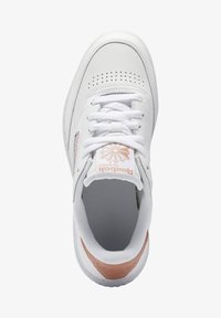 Reebok Classic - CLUB C DOUBLE - Zapatillas - white/white/ruscly - 1