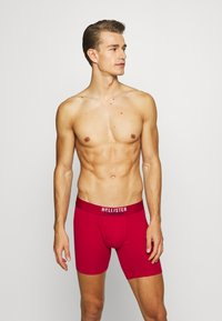 Hollister Co. - SOLID CHAIN 3 PACK - Boxerky - red - 1