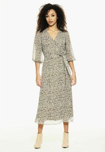 Day dress - hazelwood