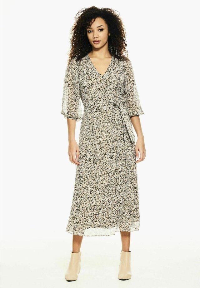 Korte jurk - hazelwood