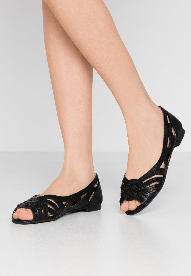 WIDE FIT PEARLENE  - Peeptoe ballerina's - black
