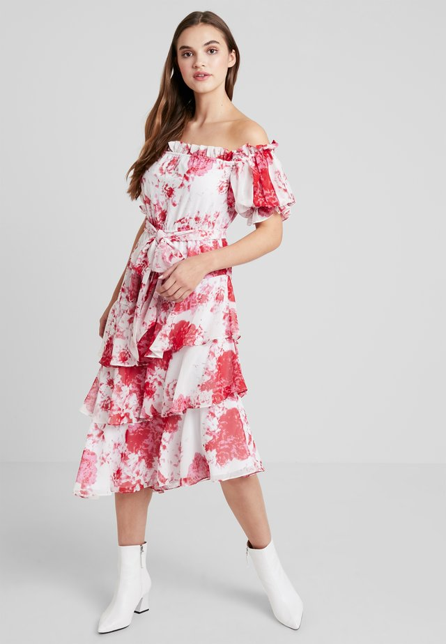 ENCHANTED MIDI DRESS - Galajurk - ivory rose floral