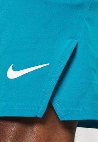 Nike Performance - FLX ACE - Pantalón corto de deporte - neo turquoise/white - 5