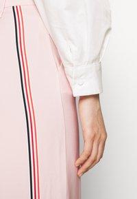 Mossman - THE SHADOW SHIRT - Button-down blouse - white - 3