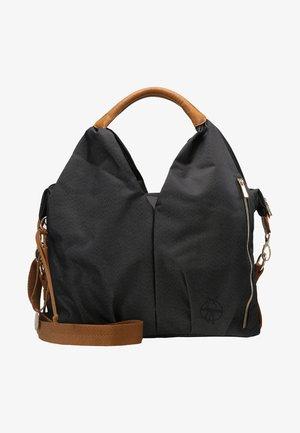 NECKLINE BAG - Taška na přebalování - denim black