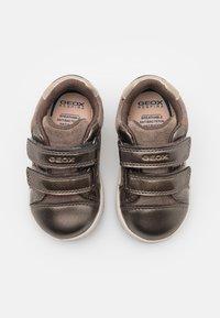 Geox - NEW FLICK GIRL - Zapatillas - smoke grey - 3