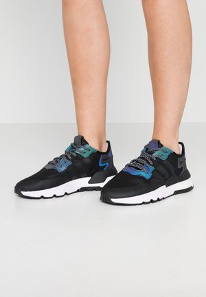 NITE JOGGER  - Sneakersy niskie - core black/footwear white