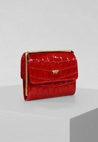 Braun Büffel - VERONA  - Wallet - red - 0