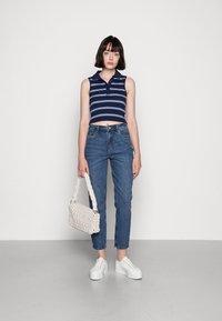 Vero Moda - VMBRENDA  - Straight leg jeans - dark blue denim - 1