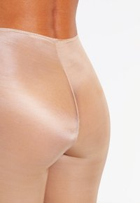 Spanx - SKINNY BRITCHES  - Shapewear - natural - 3