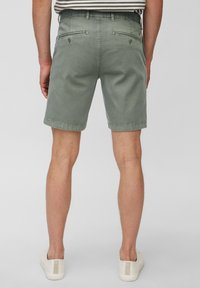 Marc O'Polo - SLIM FIT PIPED BACK POCKET - Shorts - found fossil - 2