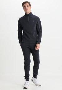 Farah - JIM ZIP - Sweatshirt - true navy marl - 1