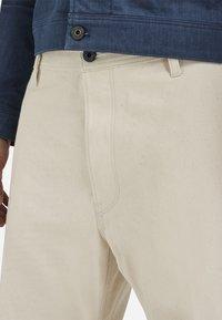 G-Star - GRIP 36 LOOSE - Flared Jeans - relz ecru denim o raw denim - 3