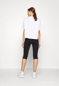 Calvin Klein Jeans - MILANO CAPRI PANT - Shorts - black - 2