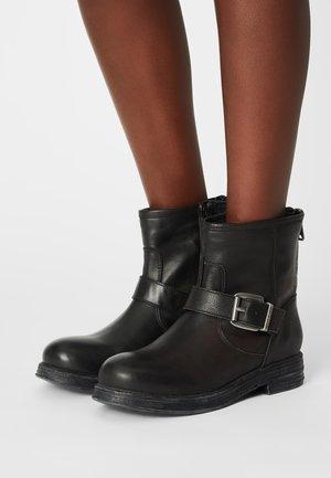 MAPLEWOOD - Cowboy/biker ankle boot - black
