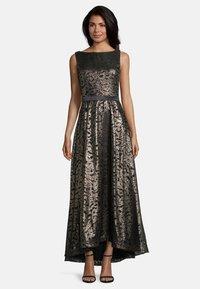 Vera Mont - Maxi dress - antique gold - 0