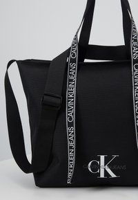 Calvin Klein Jeans - SHOPPER - Tote bag - black - 2