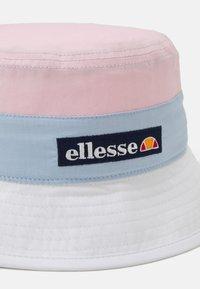 Ellesse - SAVI BUCKET HAT UNISEX - Hat - light pink - 2