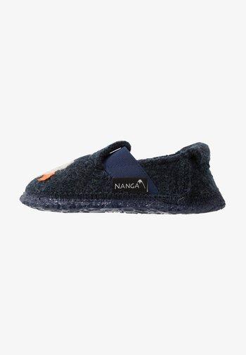 ROCKET BOY - Slippers - blau