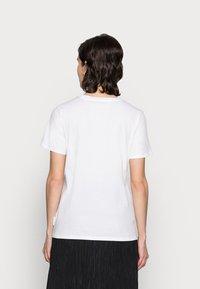 Marc O'Polo - T-shirt basique - white - 2