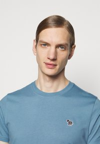 PS Paul Smith - ZEBRA - Basic T-shirt - light blue - 3