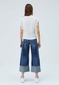 Pepe Jeans - CLARA - Basic T-shirt - off-white - 2
