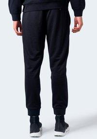Armani Exchange - Pantaloni sportivi - black - 2