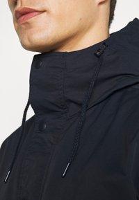 GAP - ZIP FRONT ANORAK - Summer jacket - navy - 4