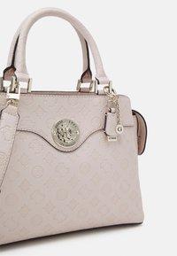 Guess - DAYANE TRIPLE SATCHEL - Handbag - blush - 5
