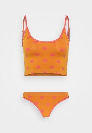 FOR KEEPS SET - Bustier - orange