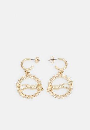 PCMAGUAR HOOP EARRINGS - Korvakorut - gold-coloured