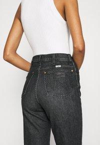 Wrangler - WILD WEST - Straight leg jeans - black magic - 5