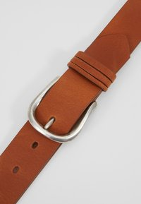 Tamaris - Belt - cognac - 4