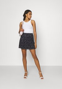 Even&Odd - A-line skirt - black/lilac - 1