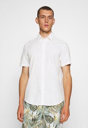 VENTO - Shirt - clear cream