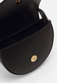 Versace - BAG - Bandolera - black/gold - 2