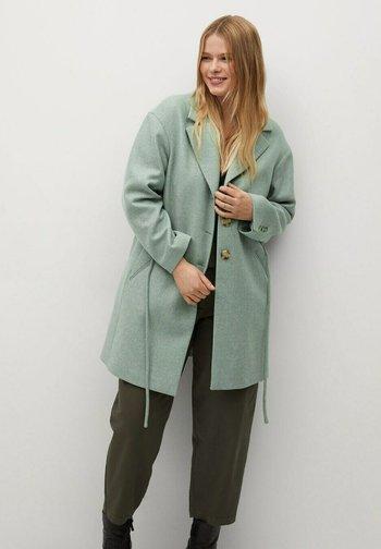 AQUA - Short coat - pastellgrün