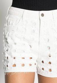 Desigual - YESTERDAY - Denim shorts - white - 4