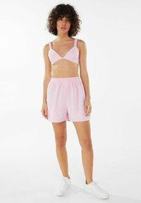 Bershka - Shorts - pink - 1