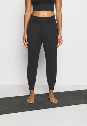 STUDIO JOGGER - Pantaloni sportivi - black