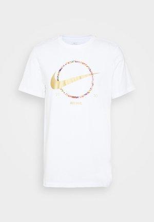 PREHEAT - Sports shirt - white