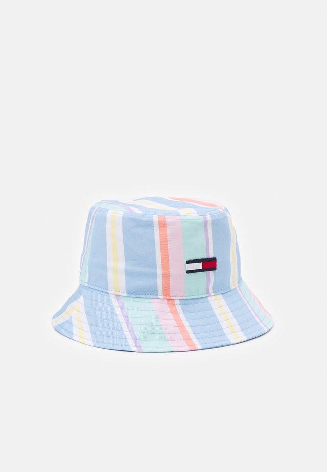 PASTEL STRIPE BUCKET HAT UNISEX - Klobouk - light powdery blue