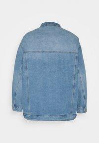 Simply Be - OVERSIZED EX BOYFRIEND JACKET  - Short coat - blue vintage/bleach - 1