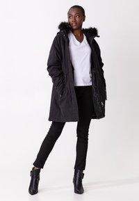Indiska - KELLYANNE - Down coat - black - 1