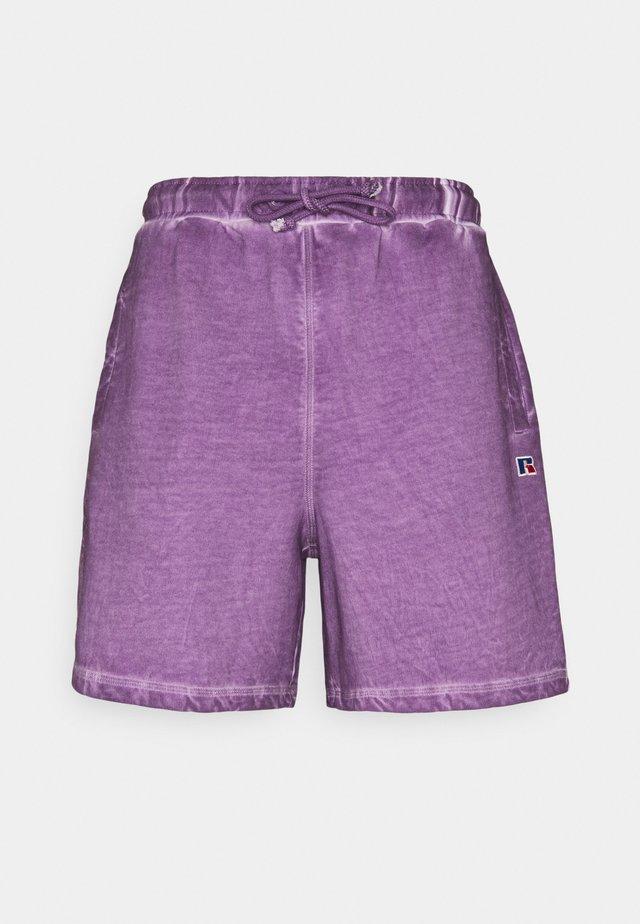 BRADLEY - Shorts - chinese violet