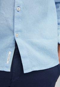 Marc O'Polo - Shirt - light blue - 4