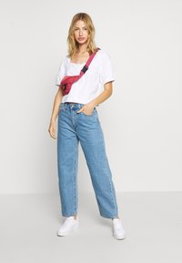Levi's® - BALLOON LEG - Jeans baggy - light-blue-denim - 1