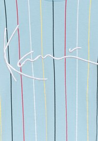Karl Kani - SIGNATURE PINSTRIPE TEE UNISEX - Print T-shirt - light blue - 2
